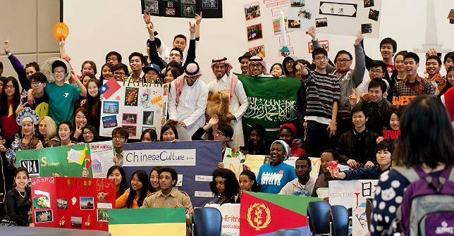 With students from over 40 countries, Shoreline's Global Showcase was a big hit!