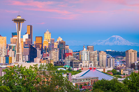 Seattle skyline with Mount Rainier in background